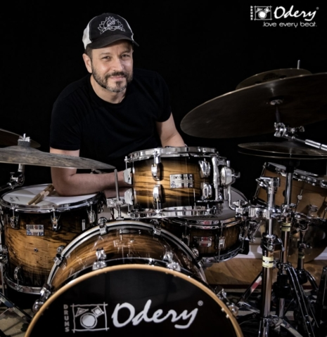 Phil Maturano plays Odery Drums